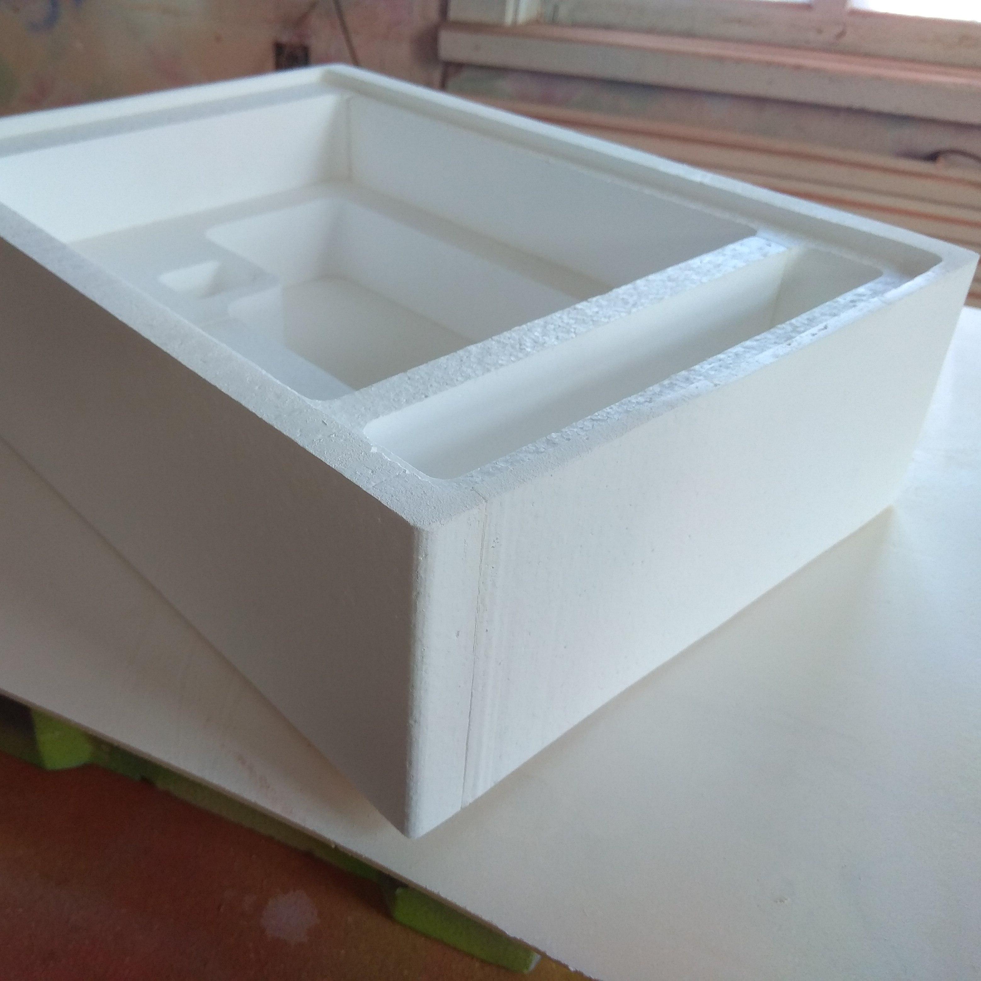 ящик из пенопласта